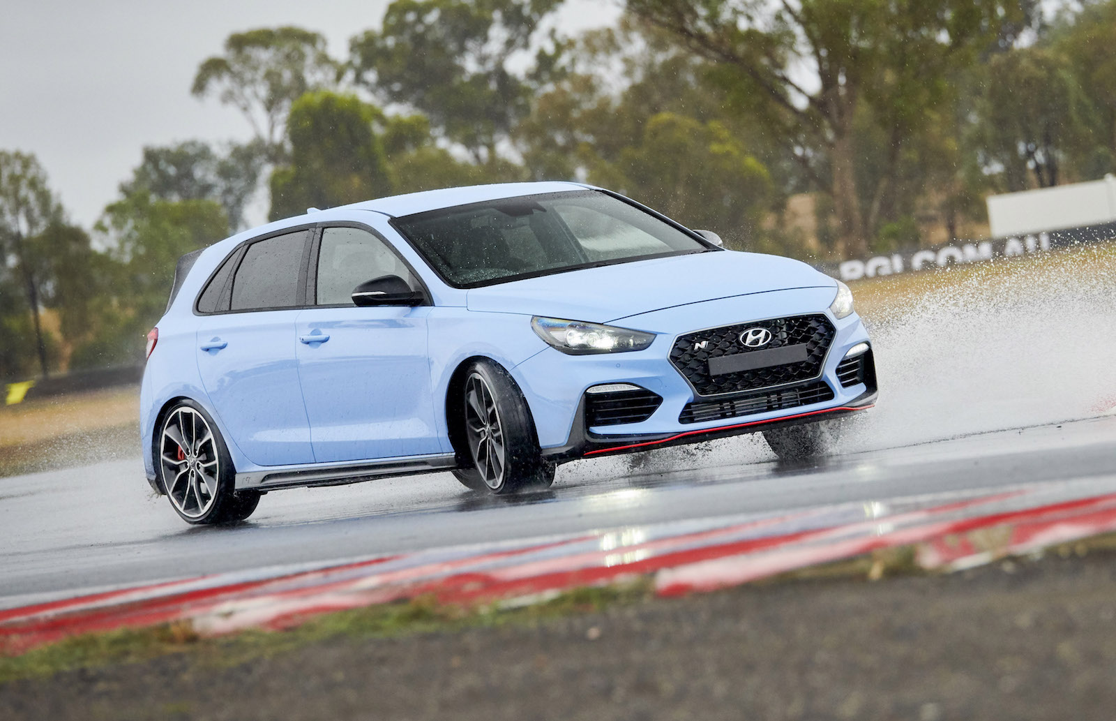 hyundai i30 n getting track ready accessories 8spd dct on the way performancedrive. Black Bedroom Furniture Sets. Home Design Ideas