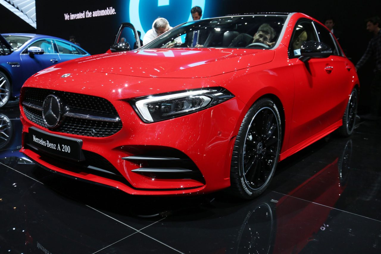 2018 geneva motor show highlights mega gallery performancedrive. Black Bedroom Furniture Sets. Home Design Ideas