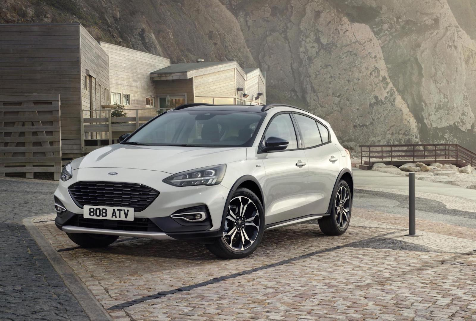 2019 ford focus unveiled active crossover st line added performancedrive. Black Bedroom Furniture Sets. Home Design Ideas