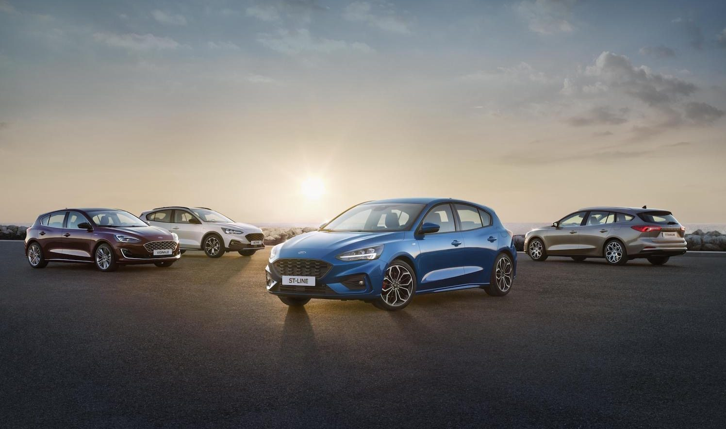 2019 Ford Focus unveiled, Active crossover & ST-Line added | PerformanceDrive