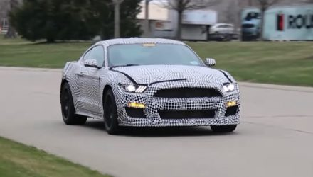 2019 Ford Mustang GT500 spotted, getting pre-facelift design? (Video)