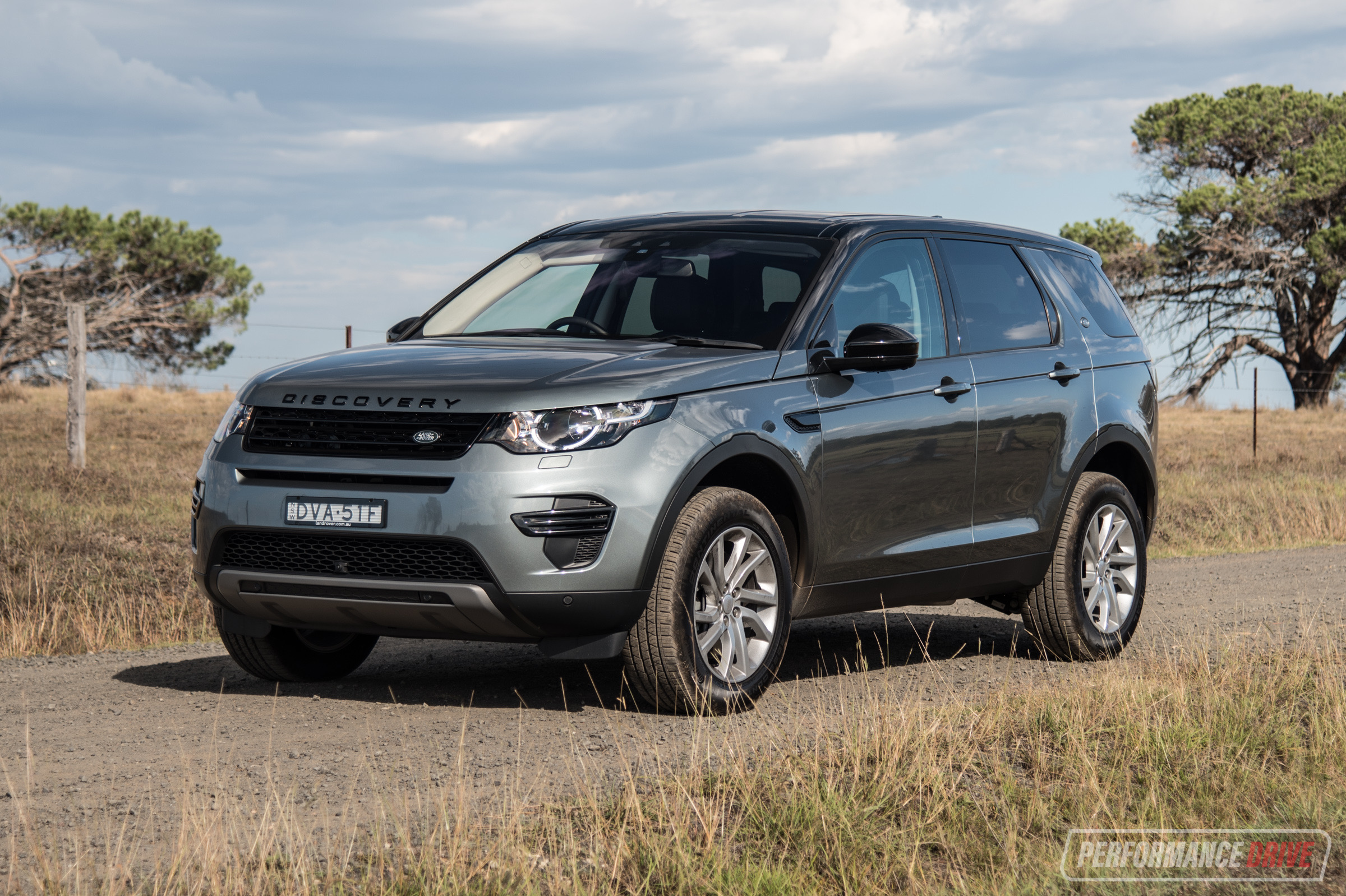 2018 Land Rover Discovery Sport Sd4 SE Review (video