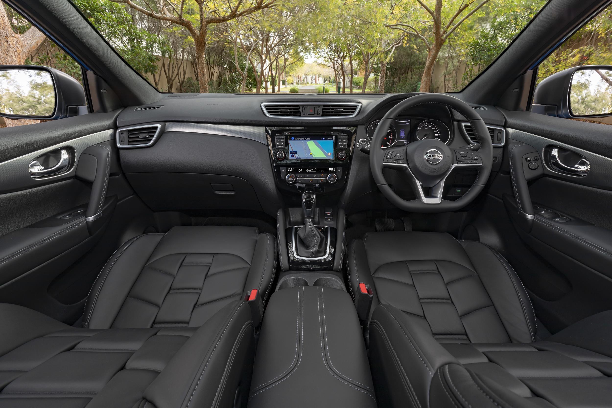 2018 Nissan QASHQAI Ti-interior |