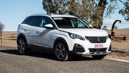 2018 Peugeot 3008 Allure review (video)