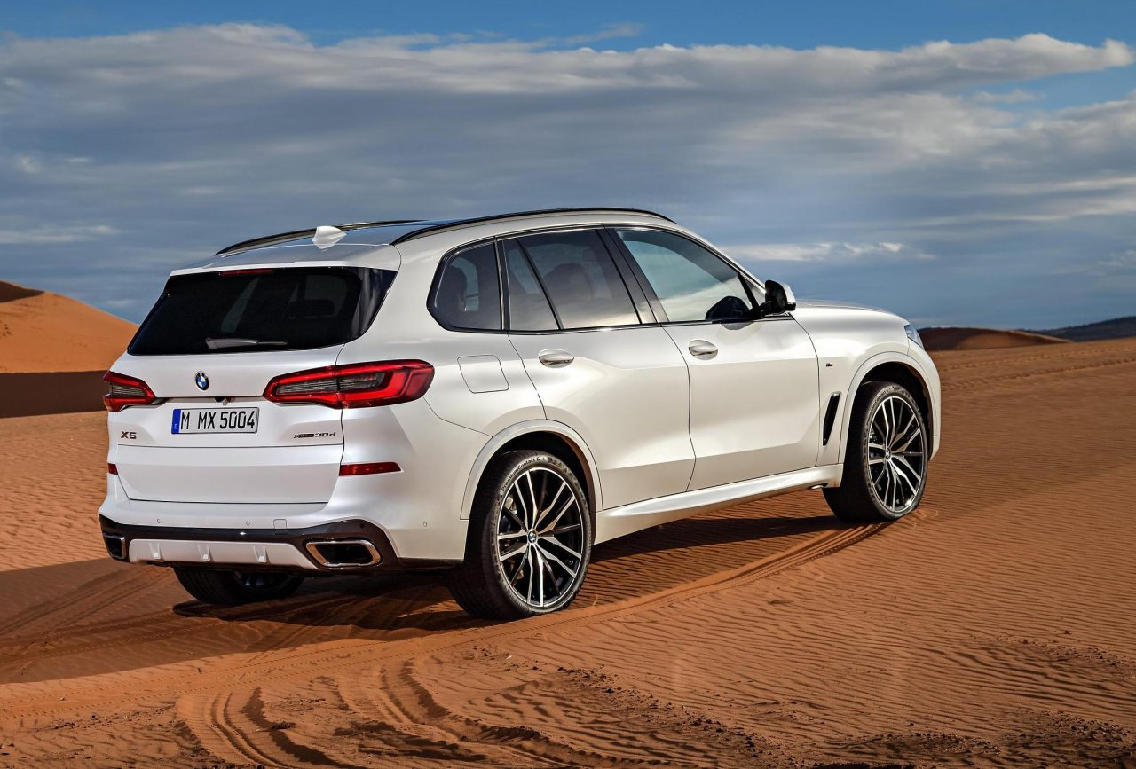 2019 bmw x5 revealed larger more powerful than ever performancedrive. Black Bedroom Furniture Sets. Home Design Ideas