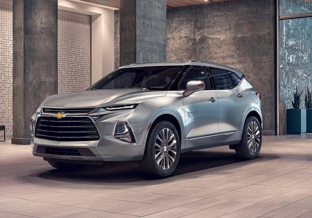 2019 Chevrolet Blazer Revealed Gets Sporty Rs Variant