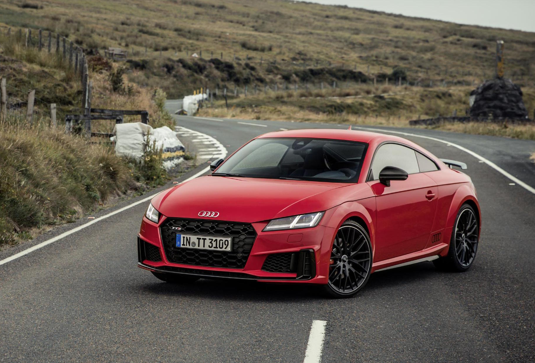 2019 audi tt revealed adds 39 tt 20 years 39 limited edition performancedrive. Black Bedroom Furniture Sets. Home Design Ideas