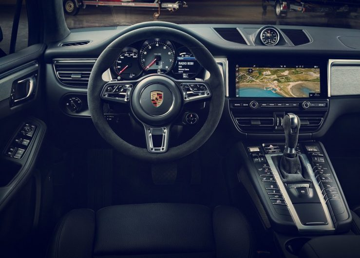 2019 porsche macan unveiled with updated tech performancedrive. Black Bedroom Furniture Sets. Home Design Ideas